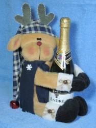 Reindeer Wine Hugger Pattern
