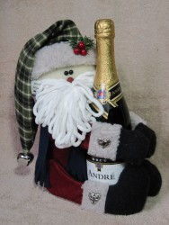 Santa Wine Hugger Pattern